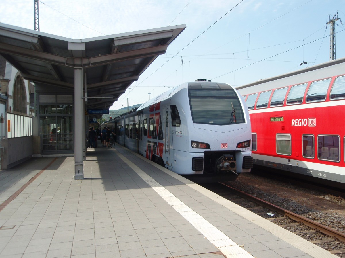 429 123 als RE 2 nach Frankfurt (Main) Hbf in Koblenz Hbf. 11.07.2015